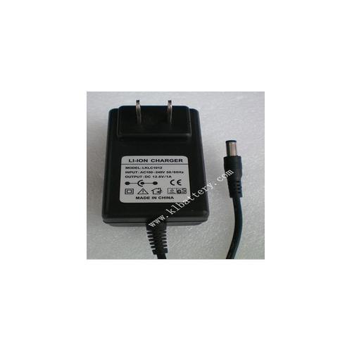 12.6V1A充电器