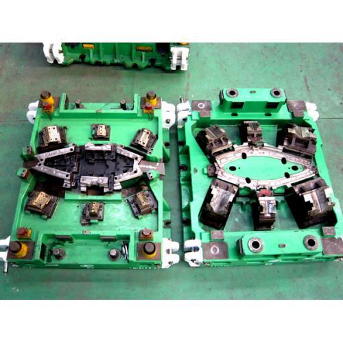 电动汽车模具