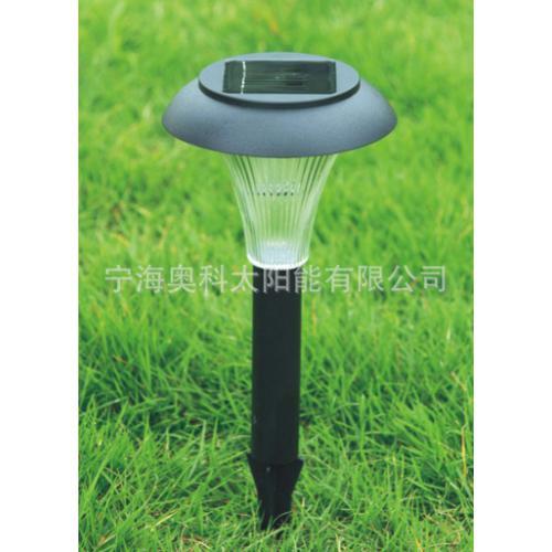 太阳能草地灯