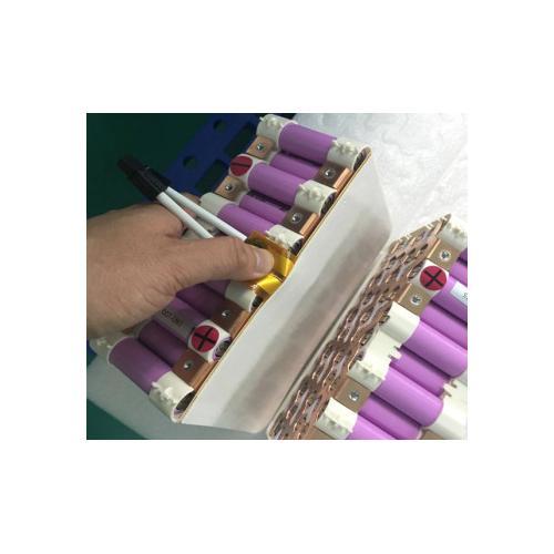 优发国际汽车电池散热硅胶片