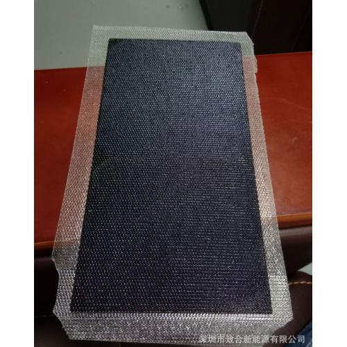 半柔性太阳能板