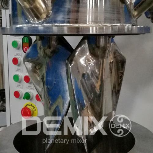 DEMIX火工材料立式捏合机