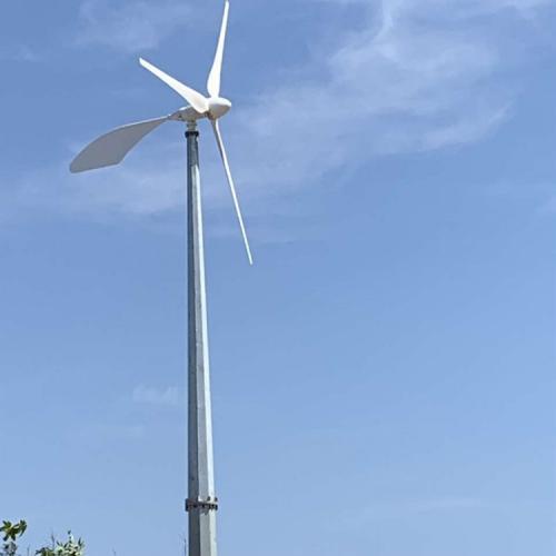 互补式直流风力发电机蓝润风力发电
