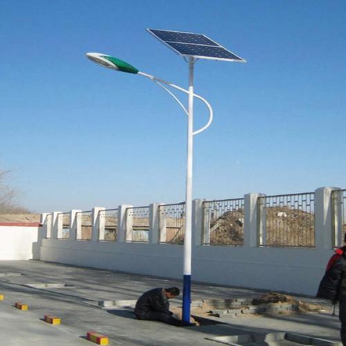 太陽能草坪路燈風光互補路燈