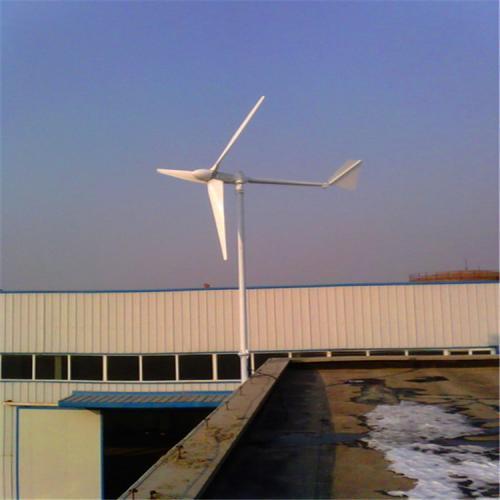 100kw新疆蓝润风力发电机
