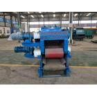 山東鄒平漢隆機械專業生產各種規格型號的木材削片機